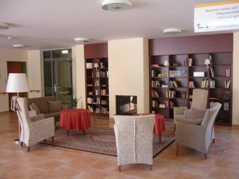 domizil am marienberg altenpflegeheim. Black Bedroom Furniture Sets. Home Design Ideas